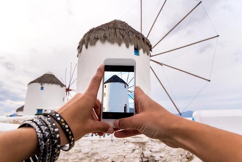 molino de viento en miconos, grecia