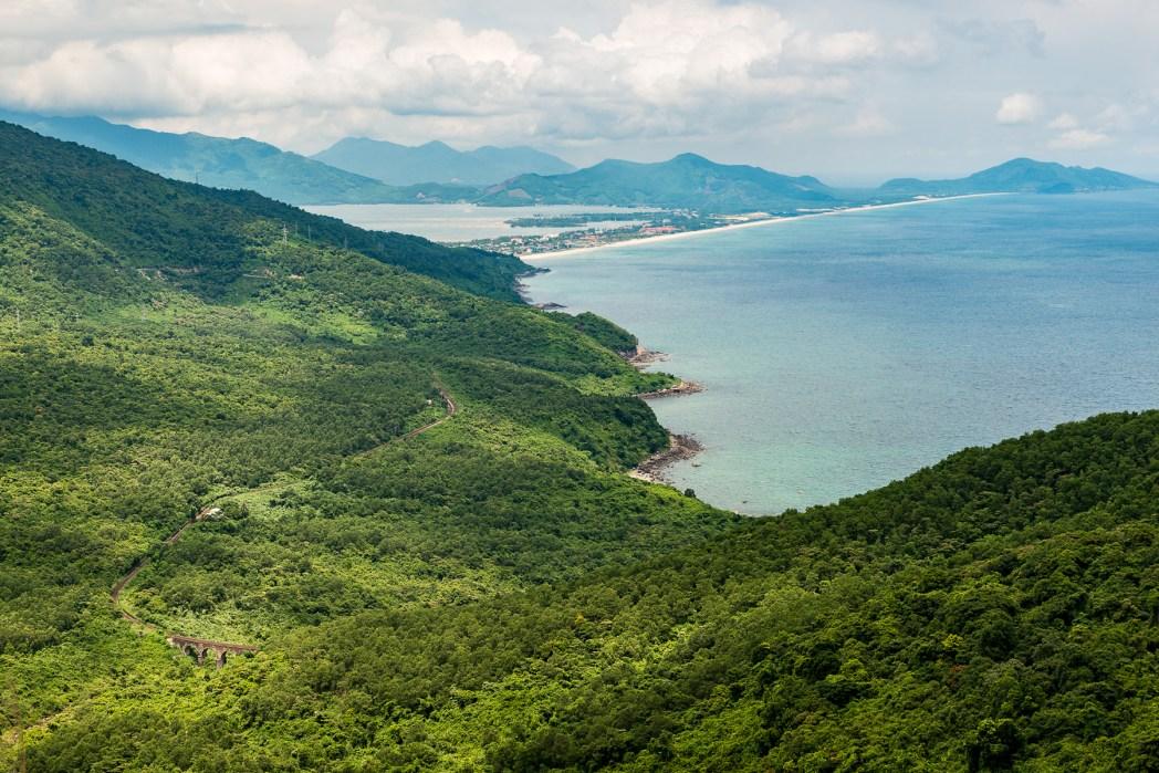 vistas desde la cima de danang en vietnam - foto de Bisual  Studio
