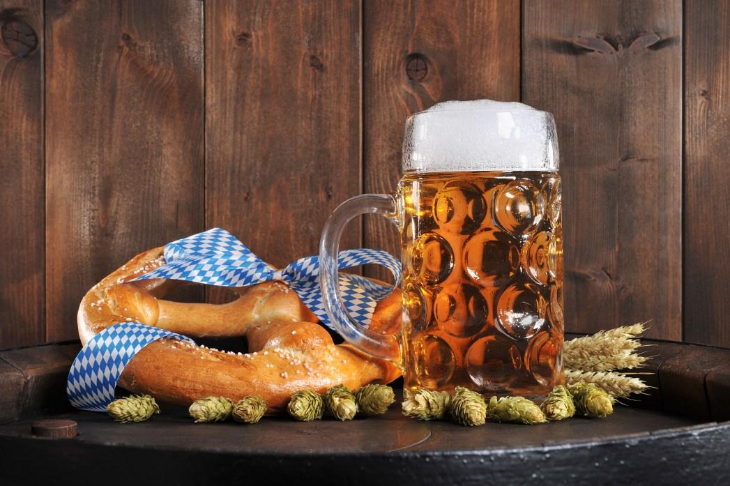 pretzel y cerveza