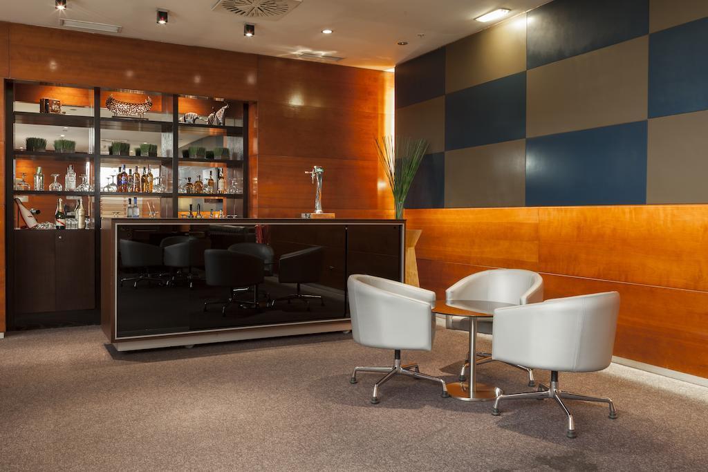 Bar AC León San Antonio