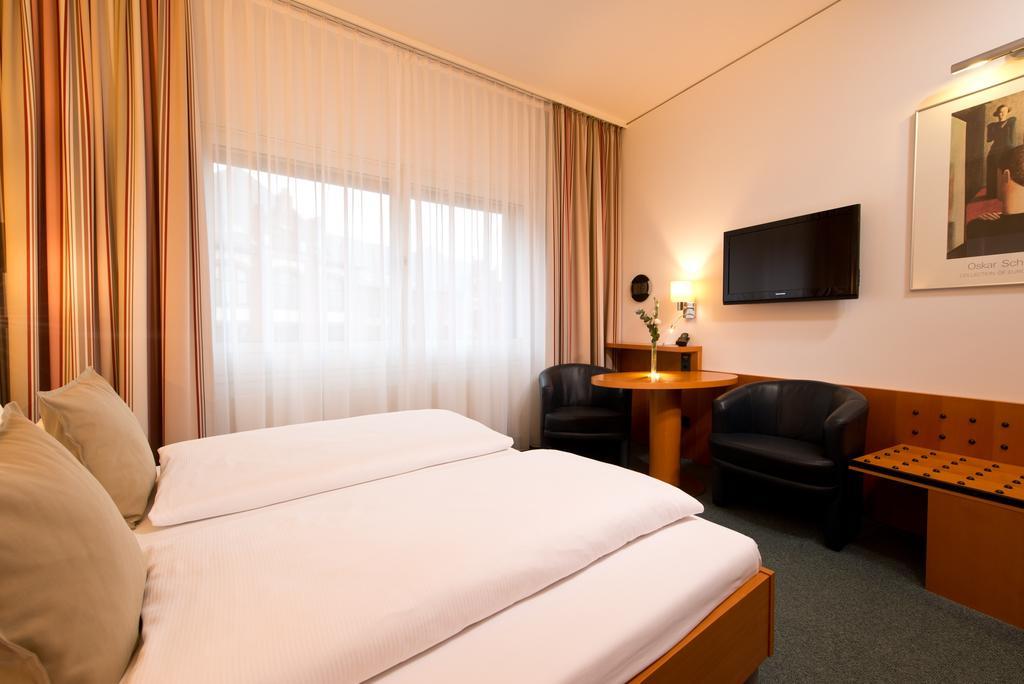 habitación del Hotel Am Borsigturm en Berlín