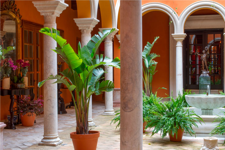 Casa del poeta Sevilla patio