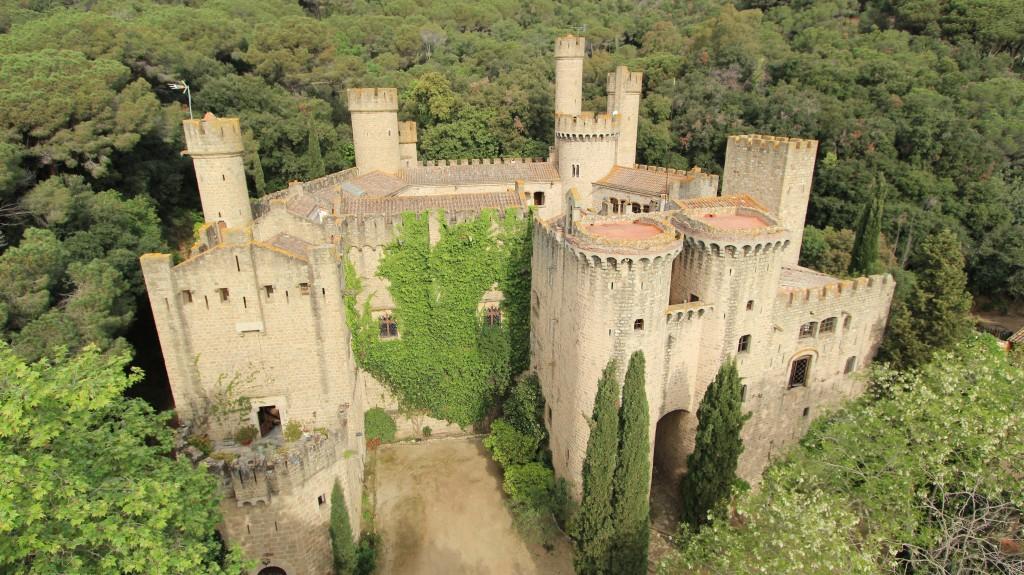 castillo de santa florentina juego de tronos colina cuervo