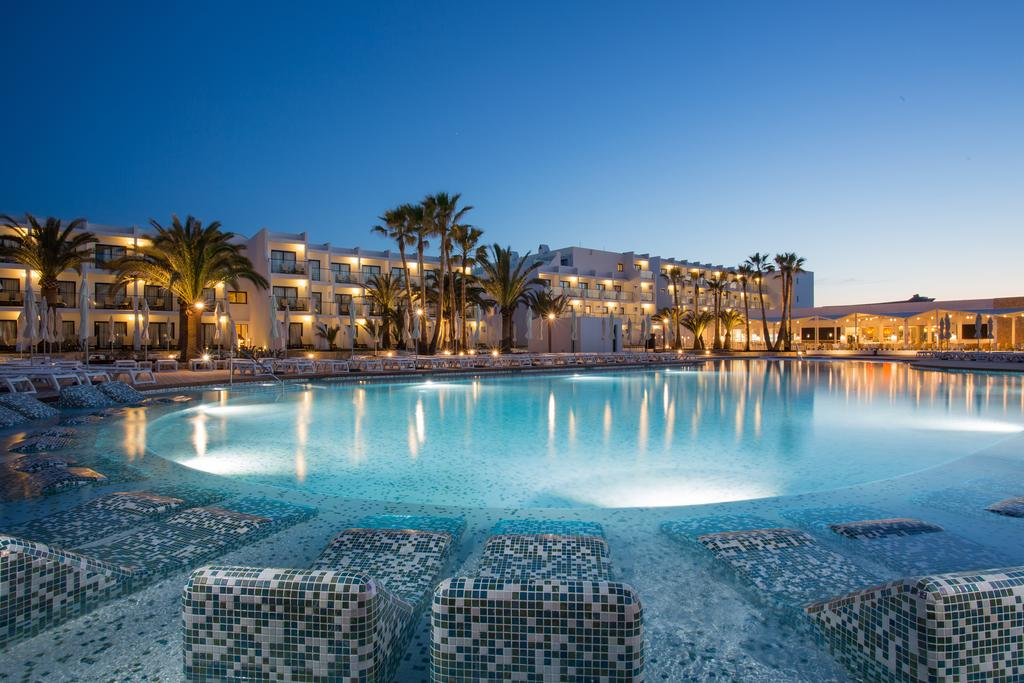 Gran Palladium White Island Resort & Spa- All Inclusive