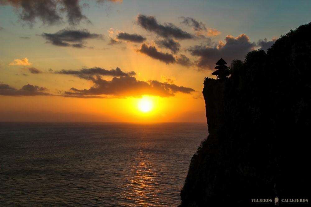 puesta de sol en bali foto de Viajeros Callejeros