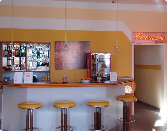 bar del Hotel Larat en Berlín