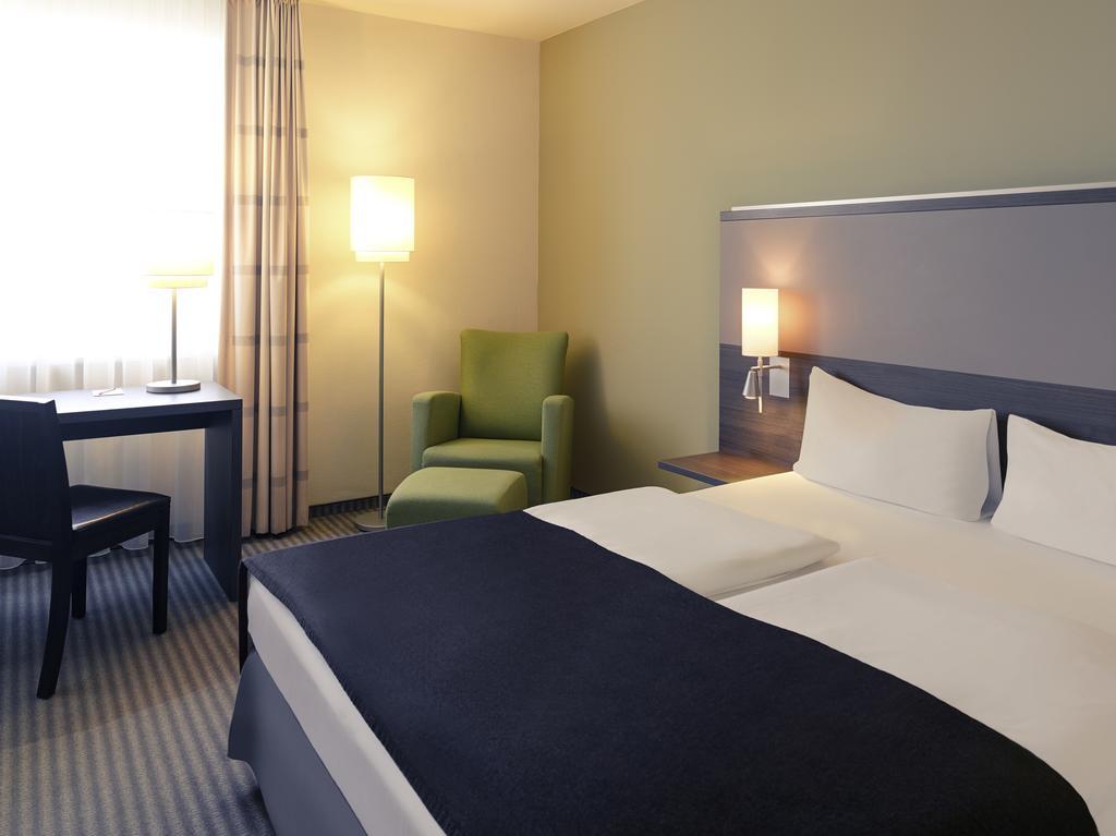 habitación del Mercure Airport Hotel Berlin Tegel en Berlín