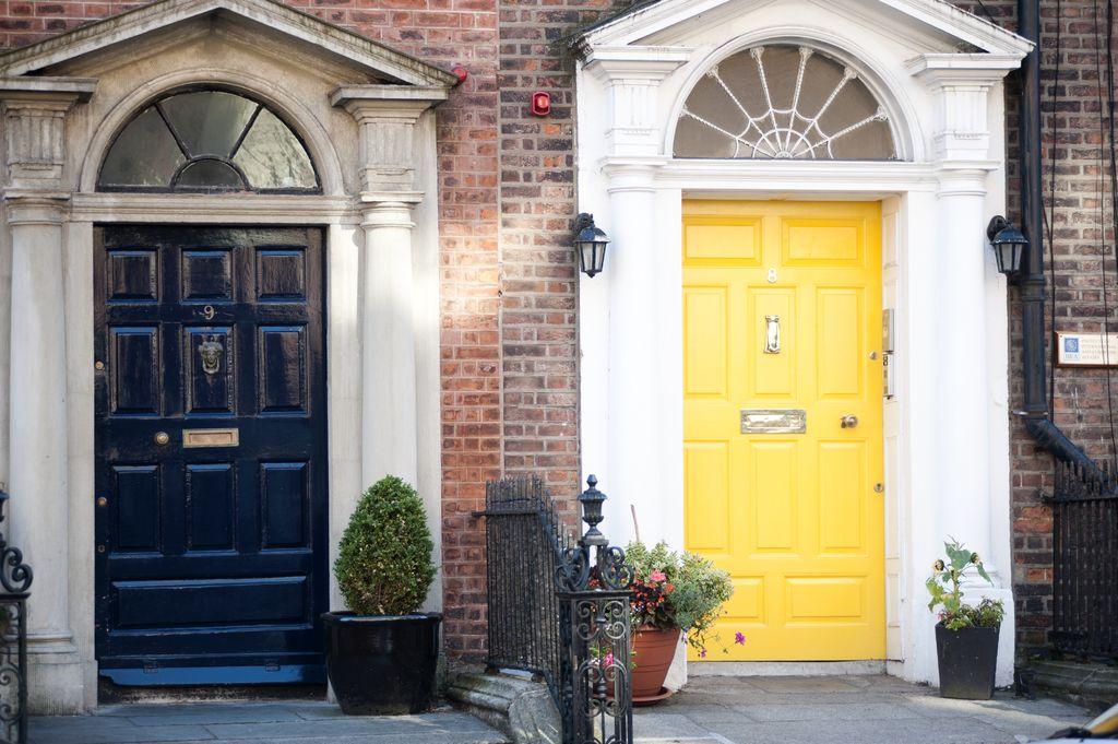 Puertas georgianas en Merrion Square Dublín