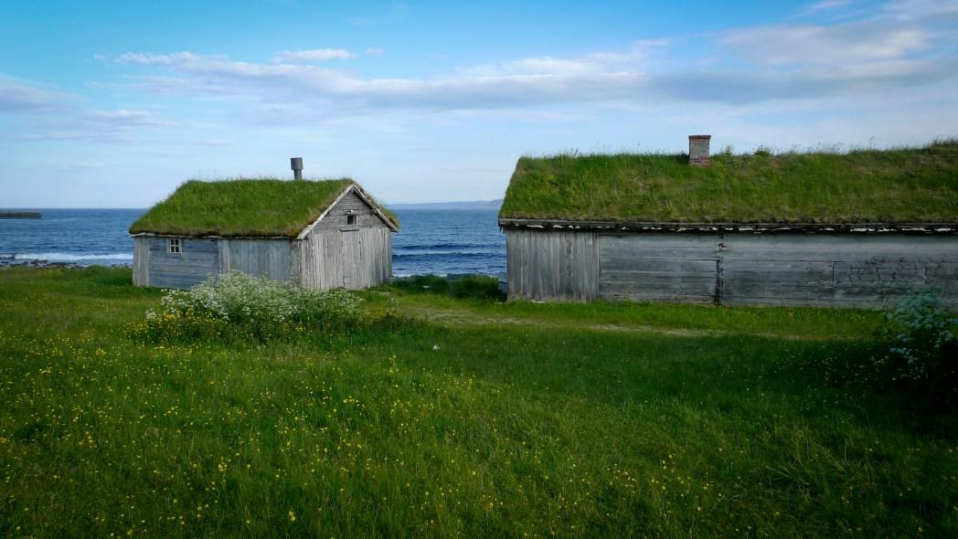cabañas en la carretera turística nacional de varanger en noruega
