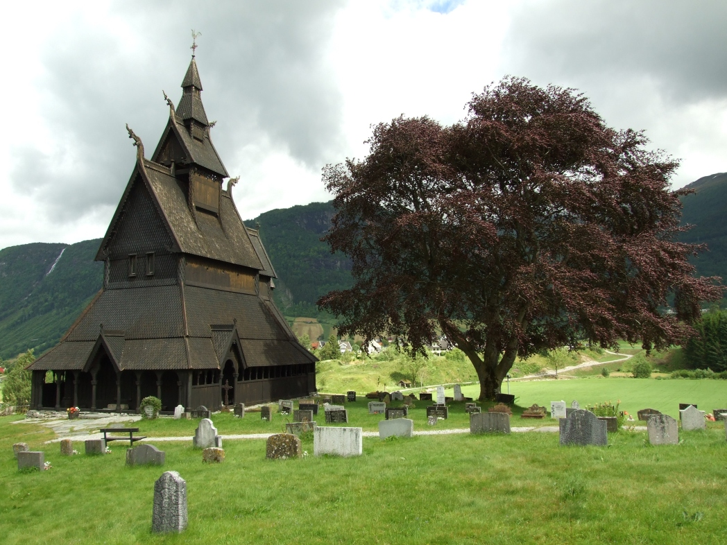 iglesia de madera en vik en noruega