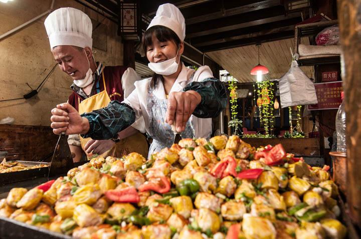 Puesto de comida en Lijiang