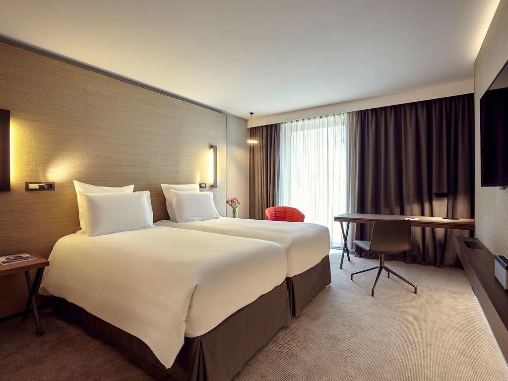 habitación del hotel Pullman Paris Roissy CDG Airport en París