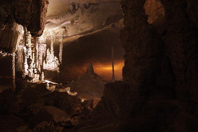 cueva de kong lor en laos