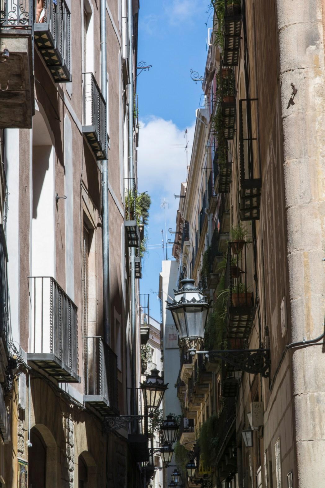 calle petritxol de barcelona
