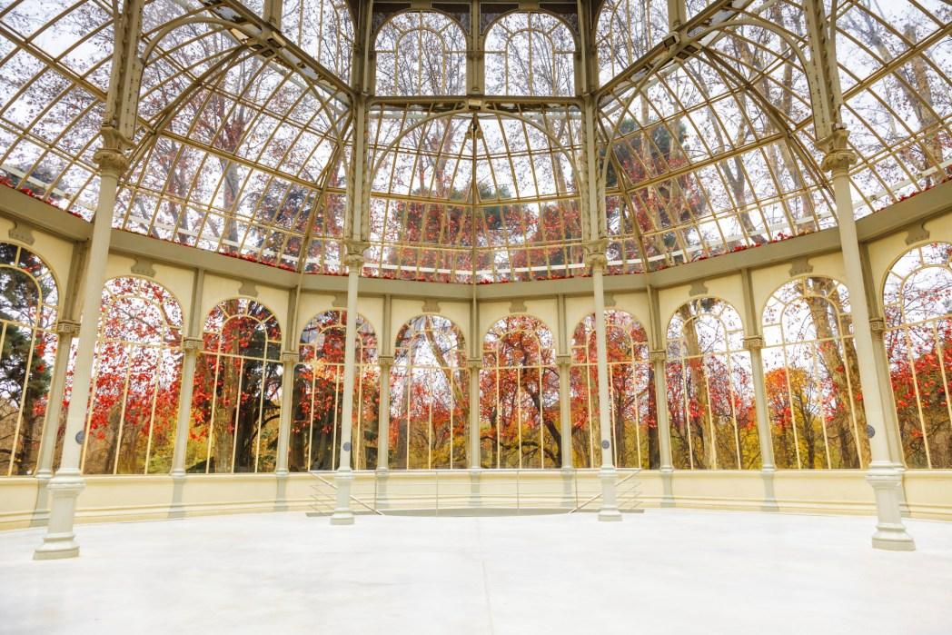 palacio de cristal de madrid en invierno