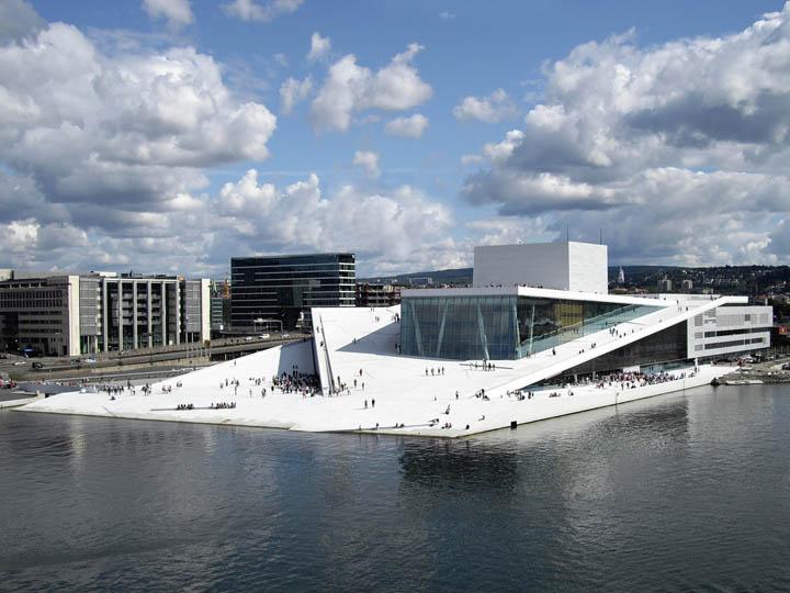 vista aérea del edificio de la ópera de Oslo